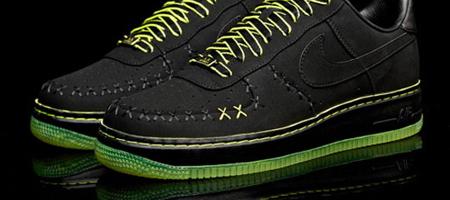 Kaws x Nike AF1 1 World