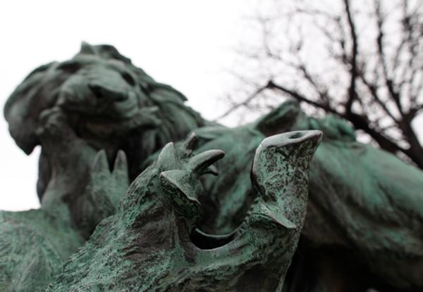 paris3_statues