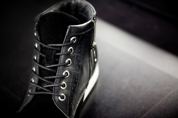 Black-Scale-Wingtip-Footwear-Collection-31