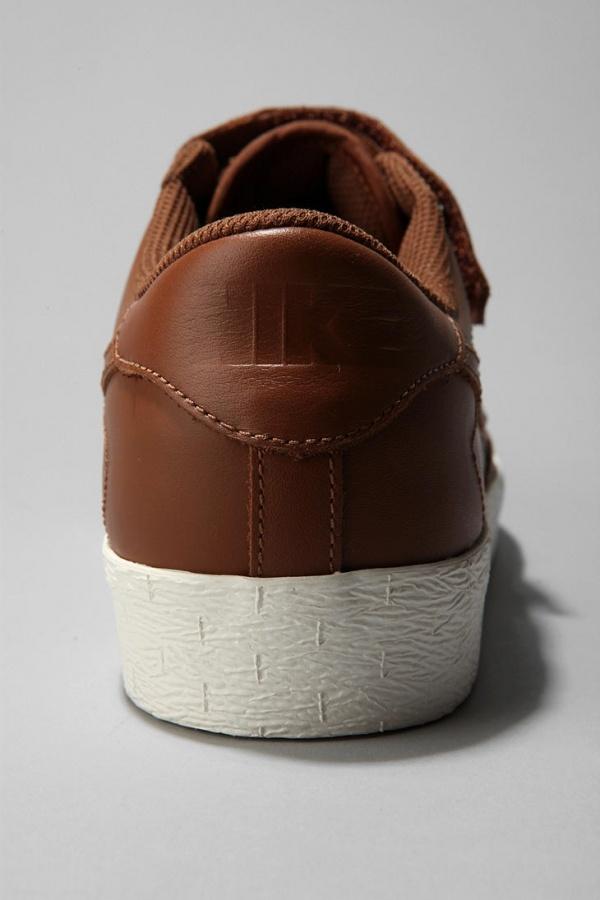 Nike-Blazer-AC-Low-Sneaker-4