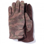 bape-1st-season-camo-leather-gloves-02