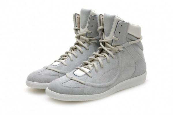 maison-martin-margiela-line-22-high-top-sneaker-1-620x413