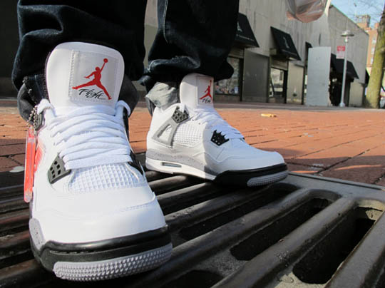 air-jordan-iv-white-cement-02