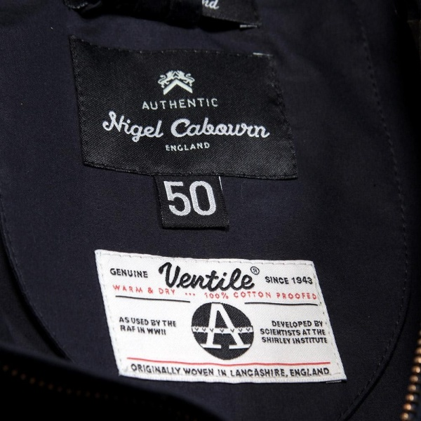 14-02-2013_cabourn_ventileaircraftjacket_navy10