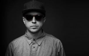 keith-hufnagel-x-ivi-2013-spring-summer-standard-sunglasses-3