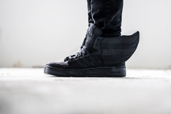 a-closer-look-at-the-aap-rocky-x-adidas-originals-by-jeremy-scott-js-wings-2-0-black-flag-1