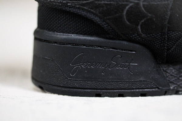 a-closer-look-at-the-aap-rocky-x-adidas-originals-by-jeremy-scott-js-wings-2-0-black-flag-6